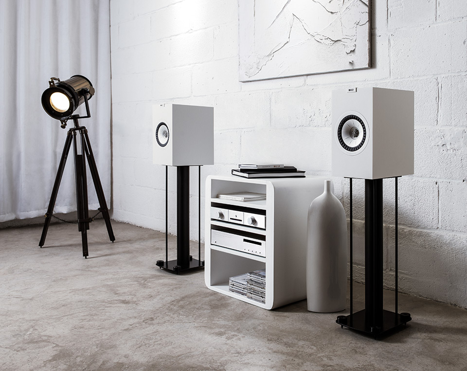 Kef Q350 Bookshelf speakers