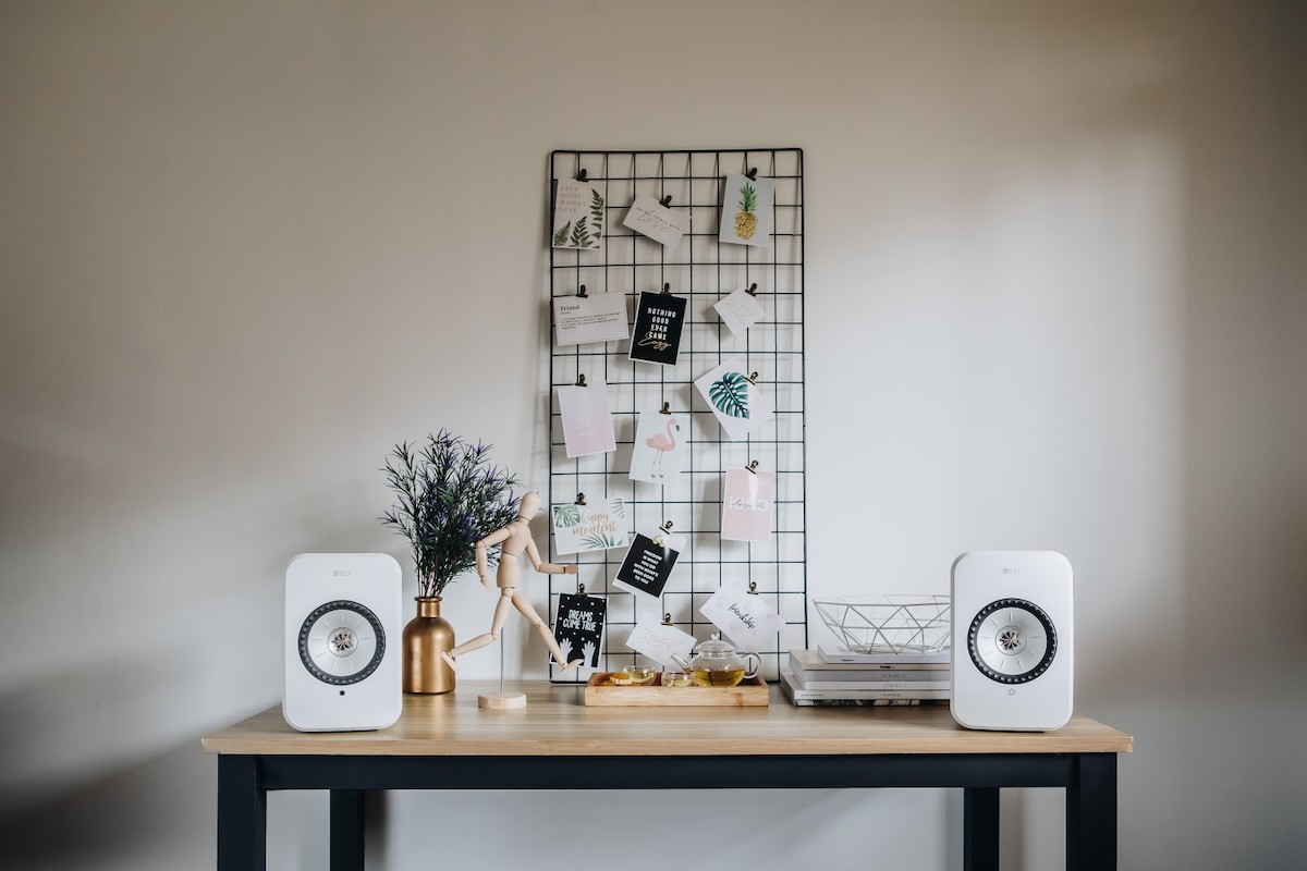 KEF LSX Wireless Bookshelf Speakers