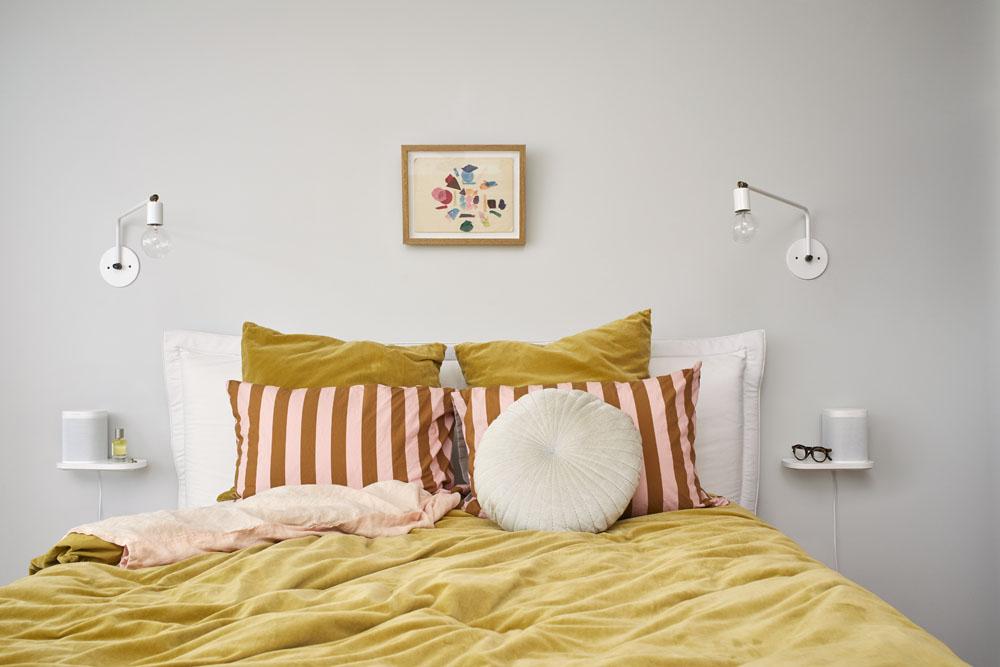 sonos-one-shelf-bedroom