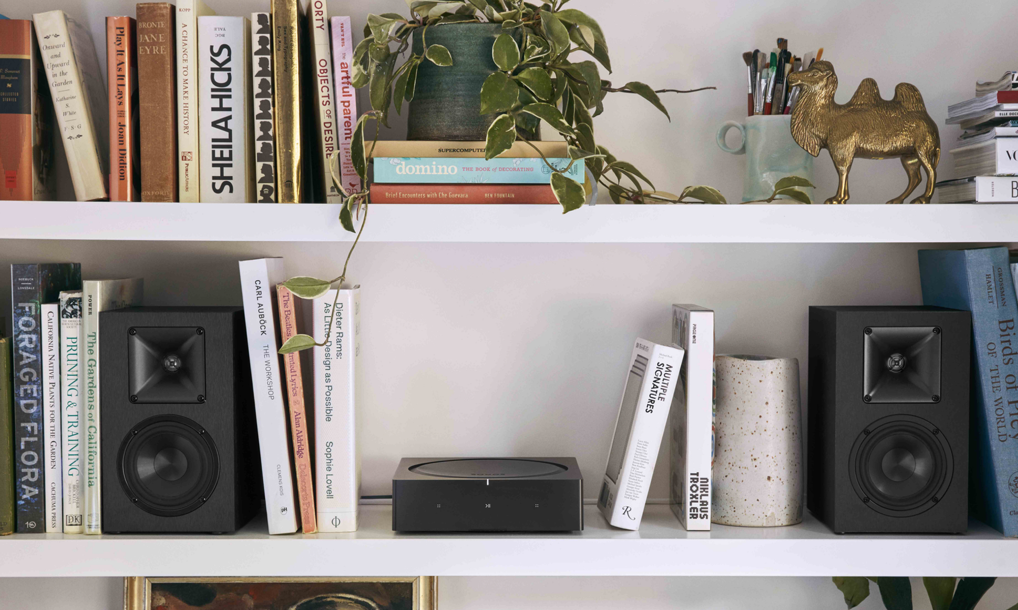sonos_amp_shelf_speakers