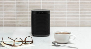 Choosing the right Smart Speaker for you: 5 Questions to Ask