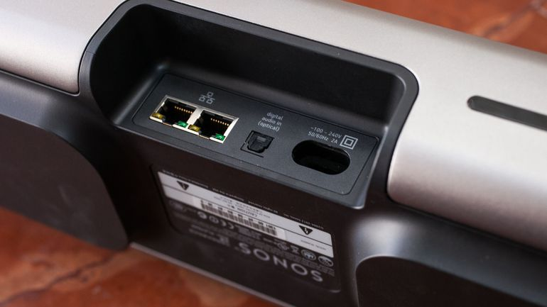 Sonos-Playbar-optical-connectorSonos-Playbar-optical-connector