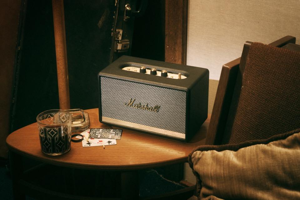 marshall-acton-ii-bluetooth-portable-speaker